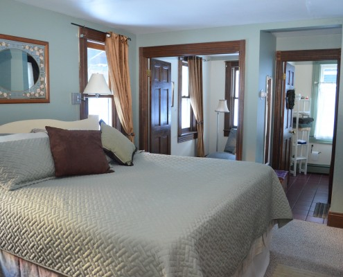 420-suite-ouray-CascadeBed1.21